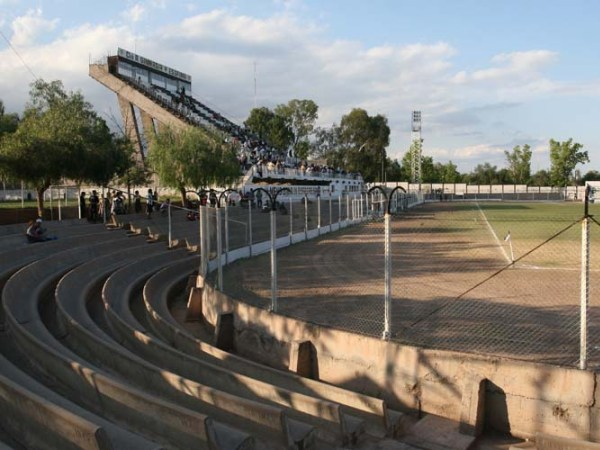 Estadio Víctor Antonio Legrotaglie, Mendoza, Provincia de Mendoza
